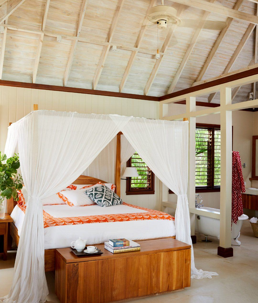 10-two-bedroom-lagoon-villa-carousel-2
