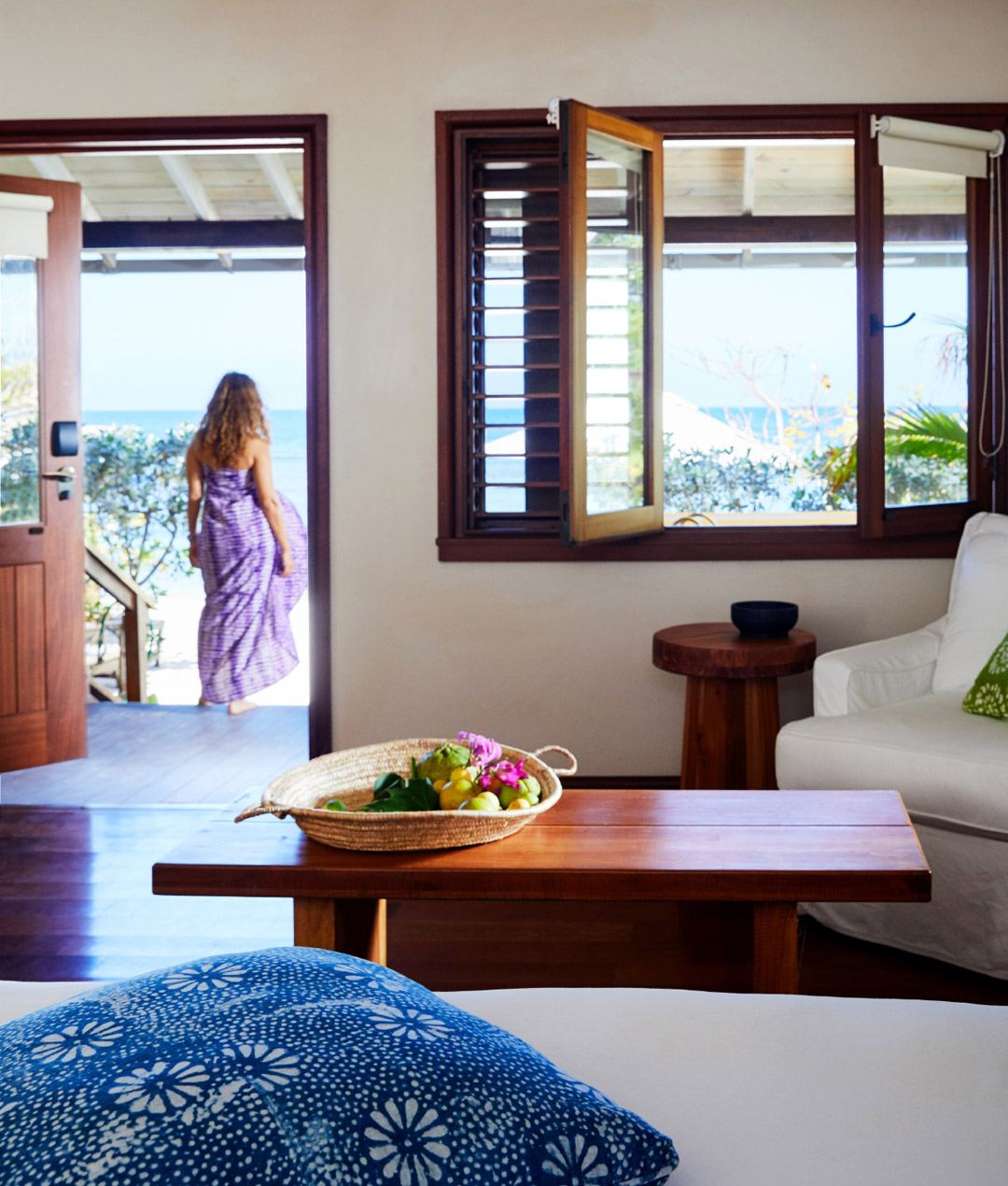 7-one-bedroom-beach-villa-carousel-3